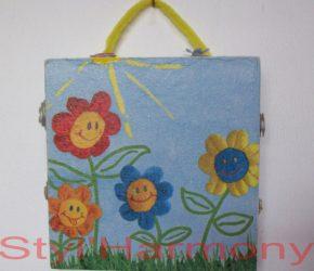 Tableau avec de petites fleurs souriantes 3
