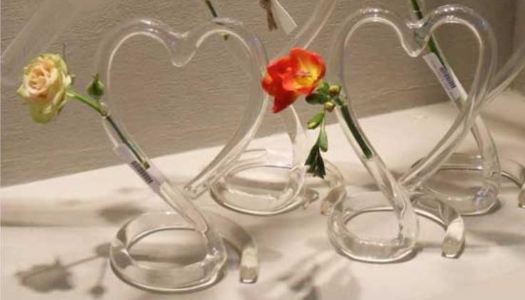 vase-vase-tube-coeur-verre-transparent-beau-romantique-original-deco-decor-centre-table-art-1
