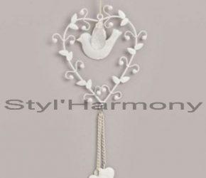Une suspension romantique tout en cœurs et oiseau. 3